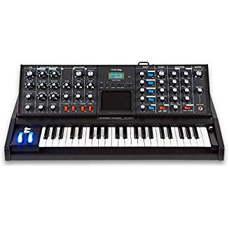 Moog MiniMoog Voyager (Synths, Samplers, and Sequencers)